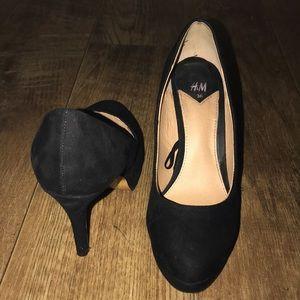 Shoes - H&M Black Platform Heels Size 5.5